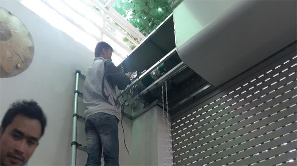 Sửa chữa cửa cuốn tại Láng Hạ