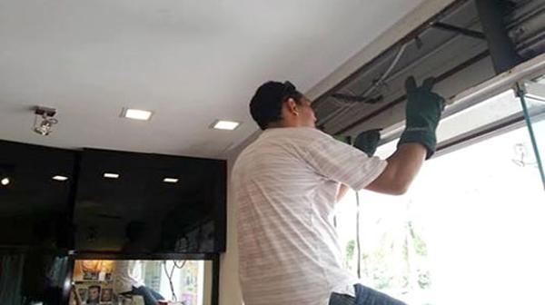 Sửa chữa cửa cuốn tại Văn Miếu